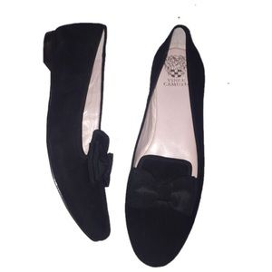 Vince Camuto black suede 12 bow flats